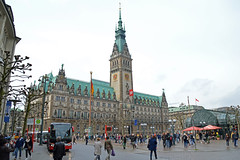 Hamburg - Queen Elizabeth - London