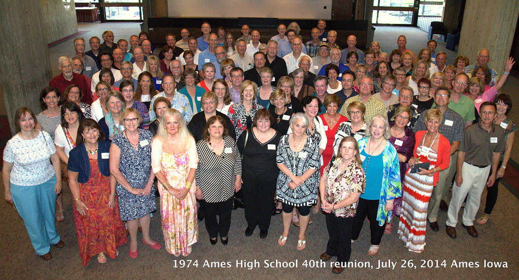 1974 Ames High School 40-year reunion group 2014-07-26 Sat eve Scheman photobyKelsey DSC_0829