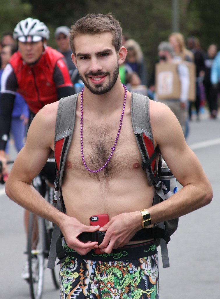 2015 BAY TO BREAKERS RACE! (safe photo)
