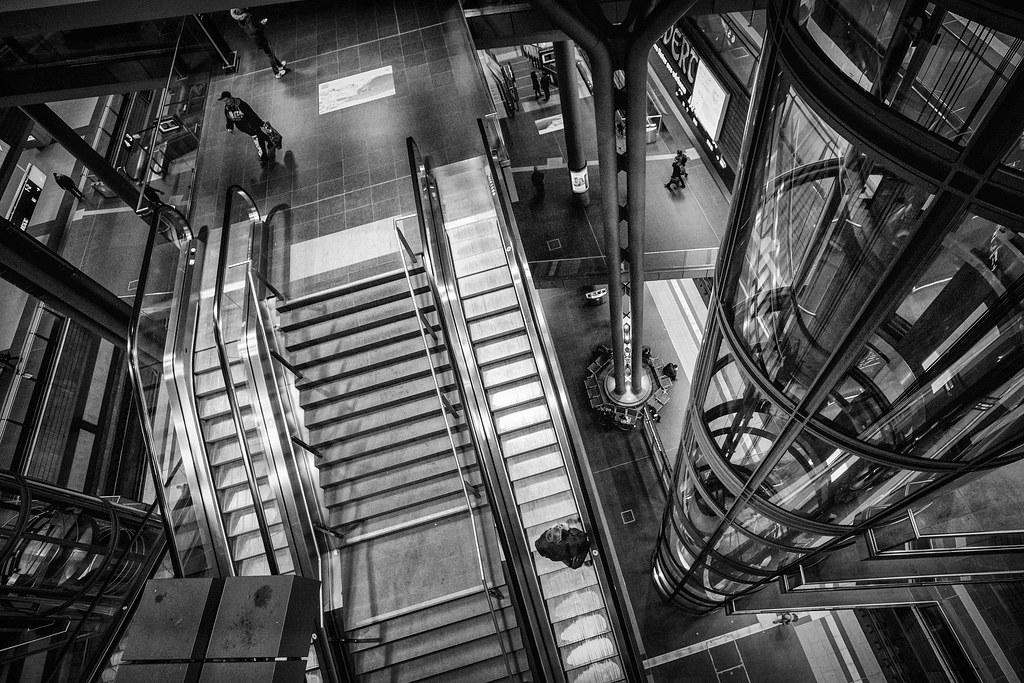 Contre-plongée à la gare de Berlin