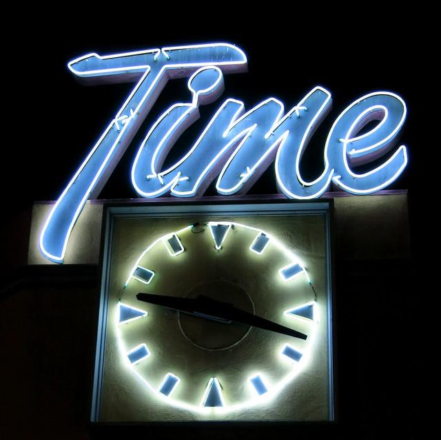 Time Deli Sign, Canon POWERSHOT G15