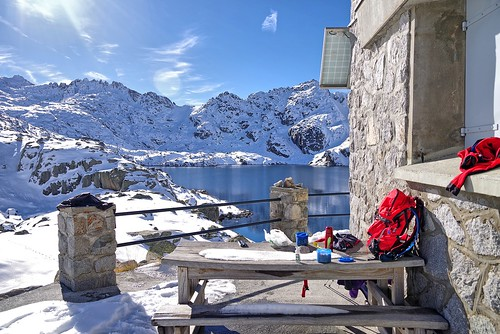 Refuge Migouèlou à 2278m Val d'Azun