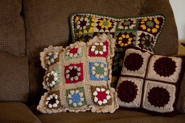 Prairie Star Motif Pillow, Side 1