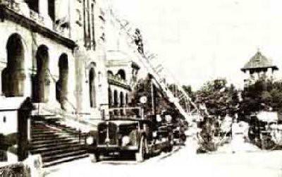 15Iunie 1938 Incendiul de la Muzeul Militar Bucuresti