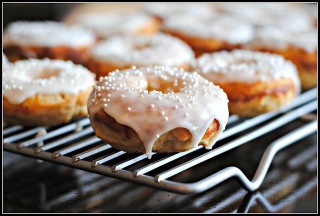 buttermilkdoughnuts1