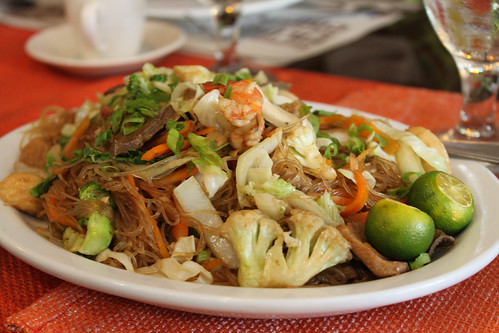 Pancit Bihon at Ranchero