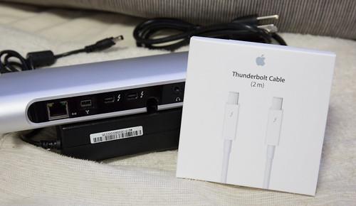 belkin Thunderbolt express Dock_09