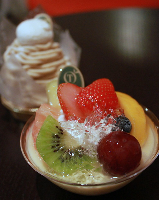 Yummy desert from Takano Fruits Parlor