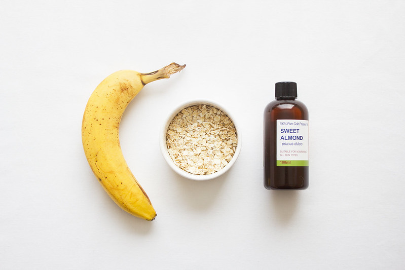 First Aid Kit: Banana & Oat Face Mask