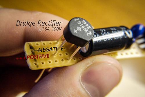 DIY Dynamo USB Charger for a Bicycle | 自作の自転車用のダイナモ充電器(USB)