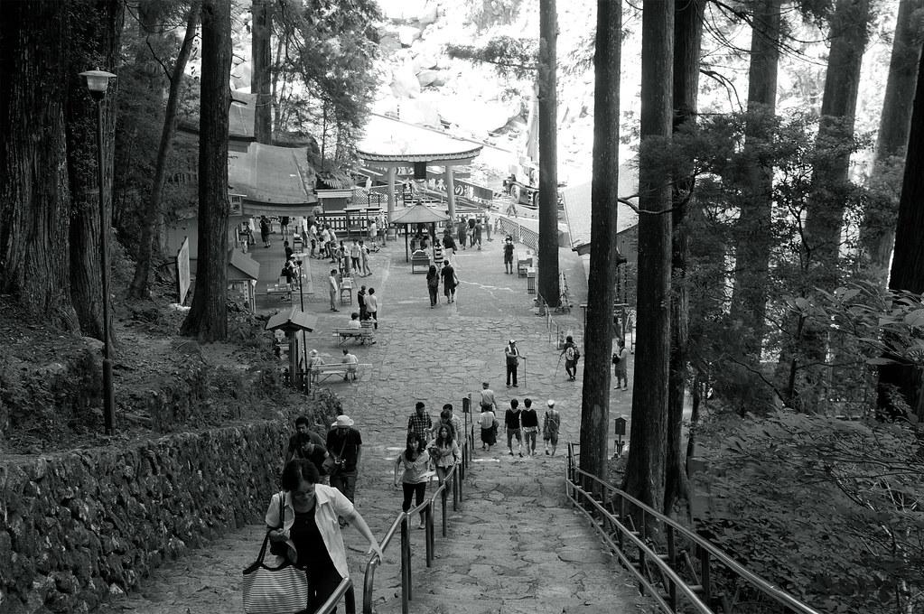 那智の滝(間もなく)|熊野古道