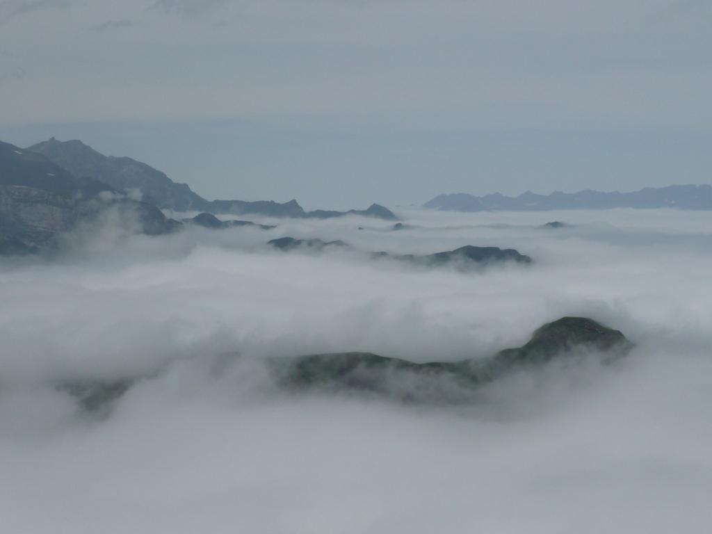 5. Mar de nubes en Gavarnie. Autor, Petitonnerre