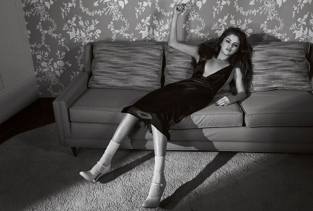 Селена Гомес — Фотосессия для «Vogue» AU 2016 – 3