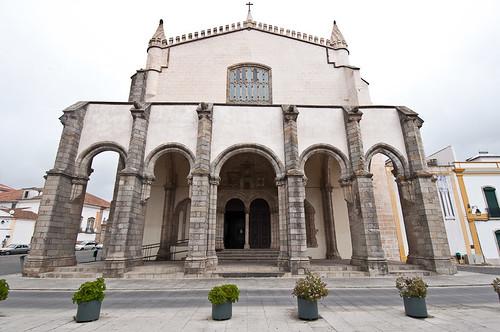 La Iglesia de San Francisco en Évora