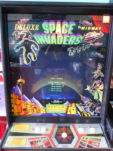 04-21-12 Rusty Quarters Arcade, Minneapolis, MN (Space Invaders)