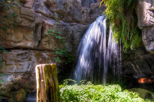 cool waterfall pictures