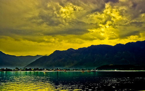 Sunset at Dal Lake !!!
