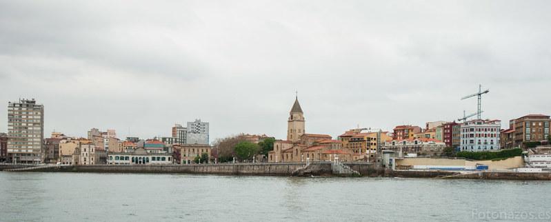 Paseo en barco por la bahía de Gijón