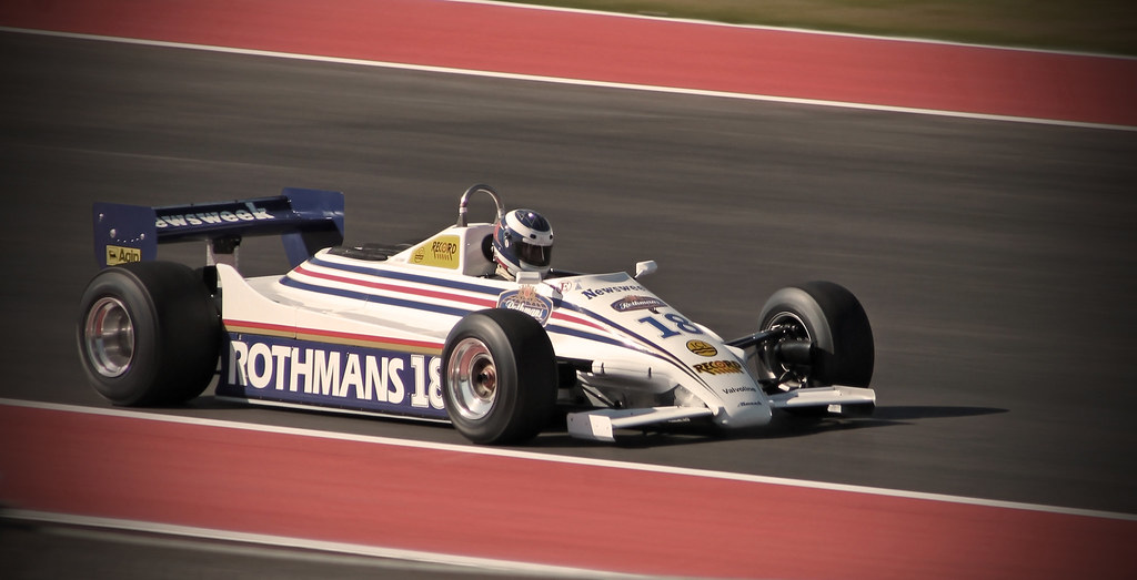 Pure Design & Classic Livery - 1982 Rothmans March 821