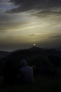 Alba dal monte Antola