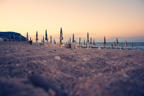 street trip sunset sea summer italy mountain beach umbrella relax reflex sand nikon quiet fav20 dslr freetime conero numana holyday appleaperture fav10 fav25 d5200 nikond5200
