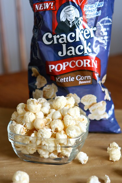 Cracker jack toffee 012