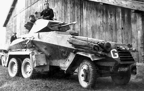 SdKfz 231 armored car