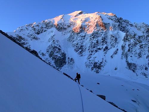 russia climbing caucasus mountaineering bezengi безенги koshtantau пикуллуауз коштантау юговосточномугребню