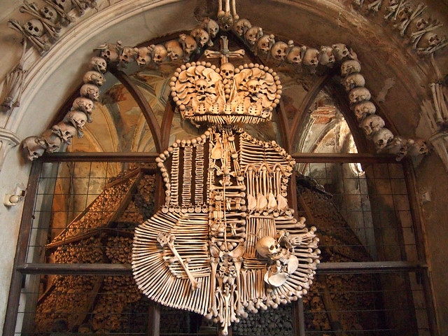 Schwatzenberg coat of arms at Sedlec Ossuary