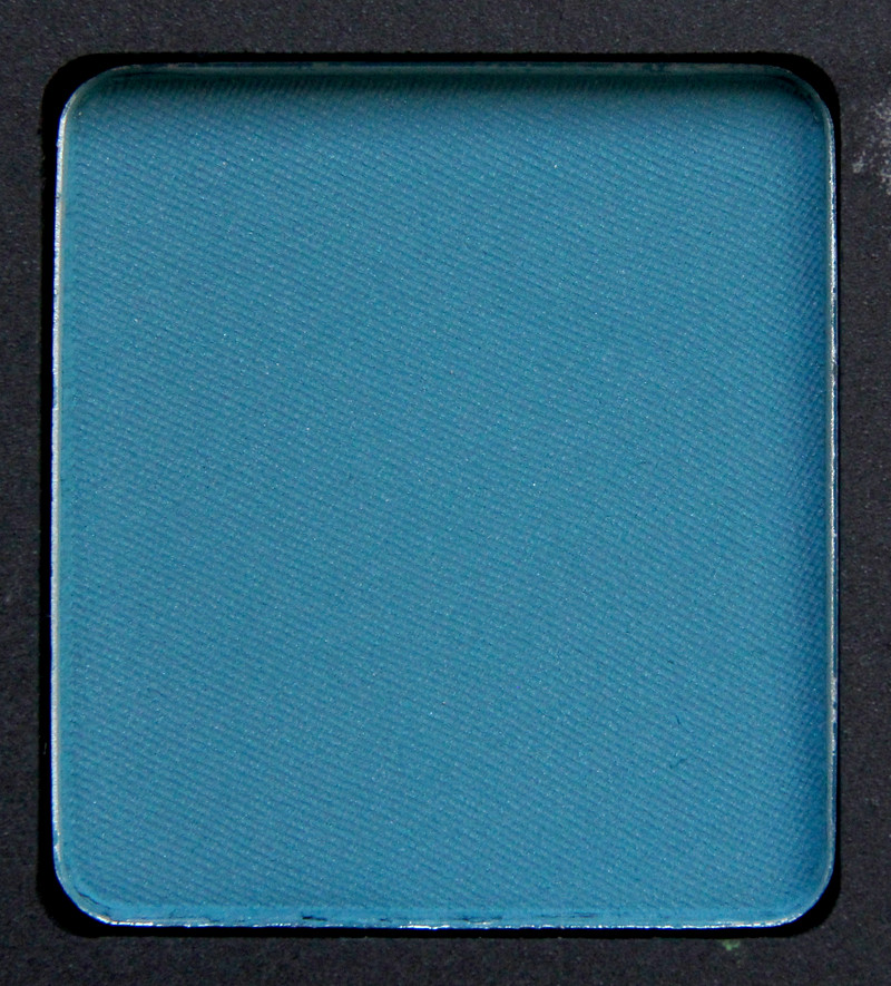 Inglot 338 eyeshadow