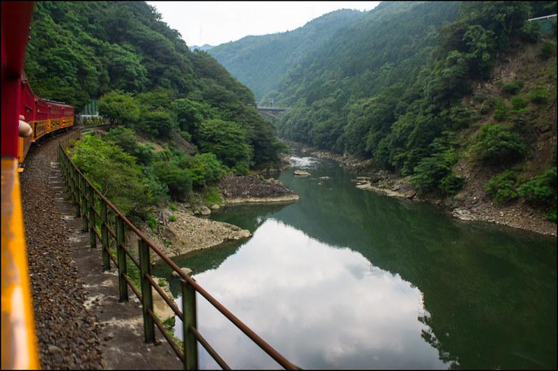 05082013Arashiyama_train-52