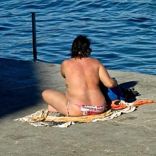 Image de Praia da Raínha. seascape beach portugal back candid shoreline cc creativecommons cascais
