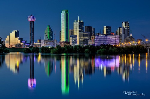 dallas tx texas skyline bluehour night water reflections trinityriver downtown reflection dfw memorialday holiday