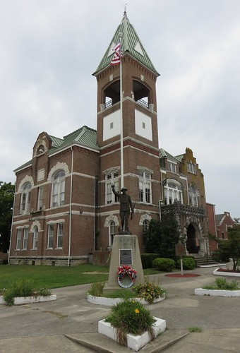 kentucky ky courthouses countycourthouses uscckycasey caseycounty liberty mcdonaldbrothers northamerica unitedstates us