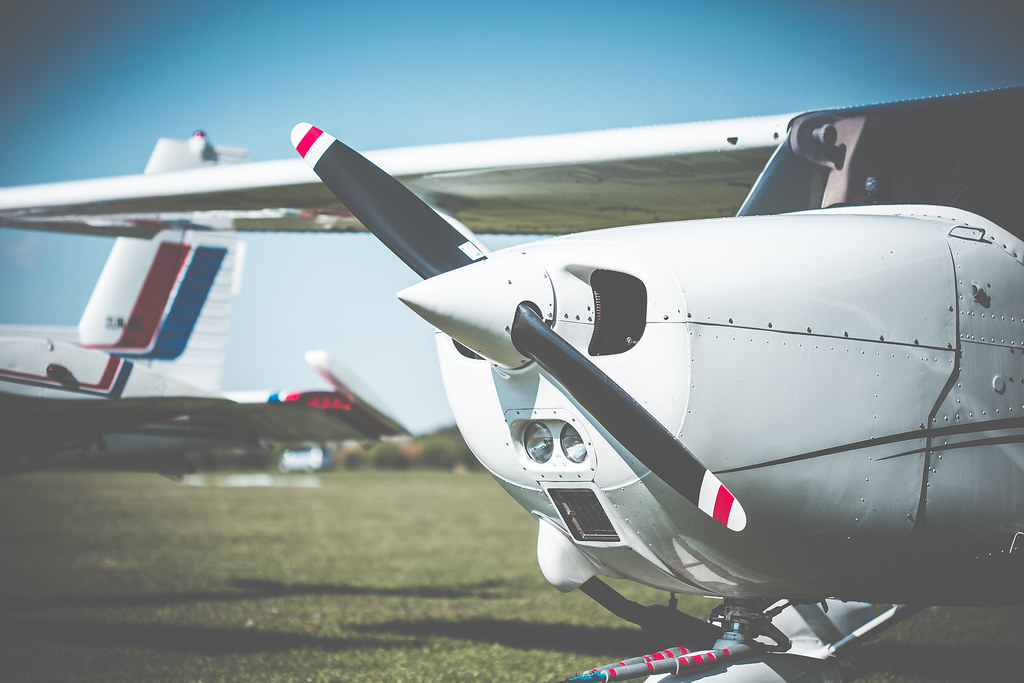cessna-airplane-propeller-closeup-picjumbo-com