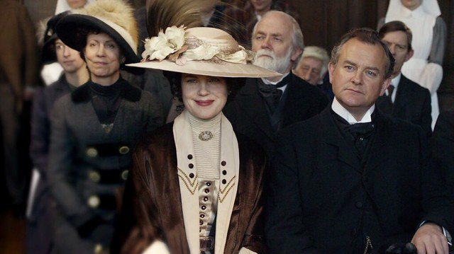DowntonAbbeyS01E06_CoraBrownBeige