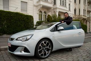 Blogger Markus Hofmann mit dem Astra OPC