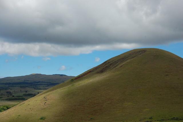 Hills near Puna Pau