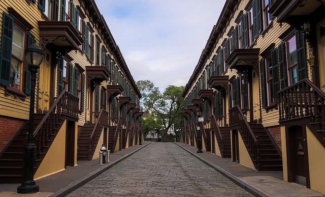 145/365 Sylvan Terrace