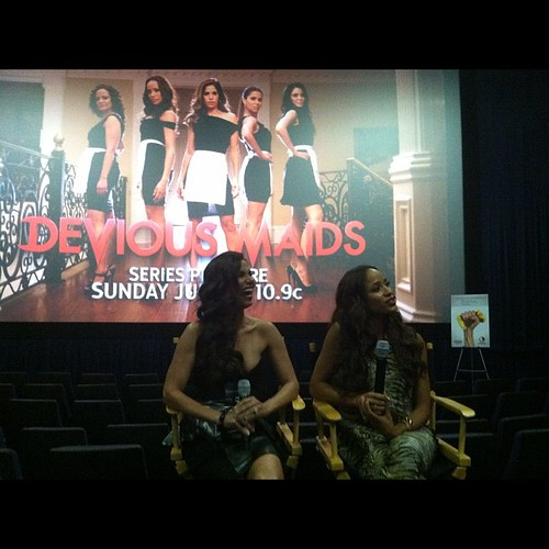 Q&A after screening @deviousmaids @roselyn_sanchez @daniajramirez #dmlivechat