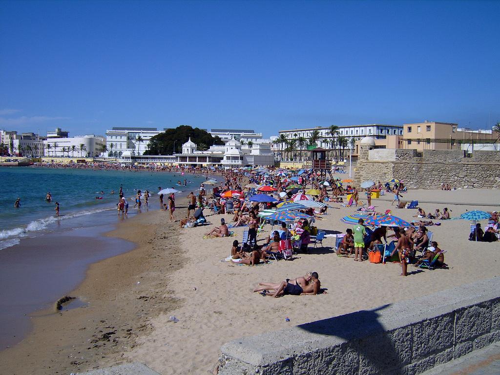 Playa de La Caleta, en Cádiz. Autor, Manuel Esquivo