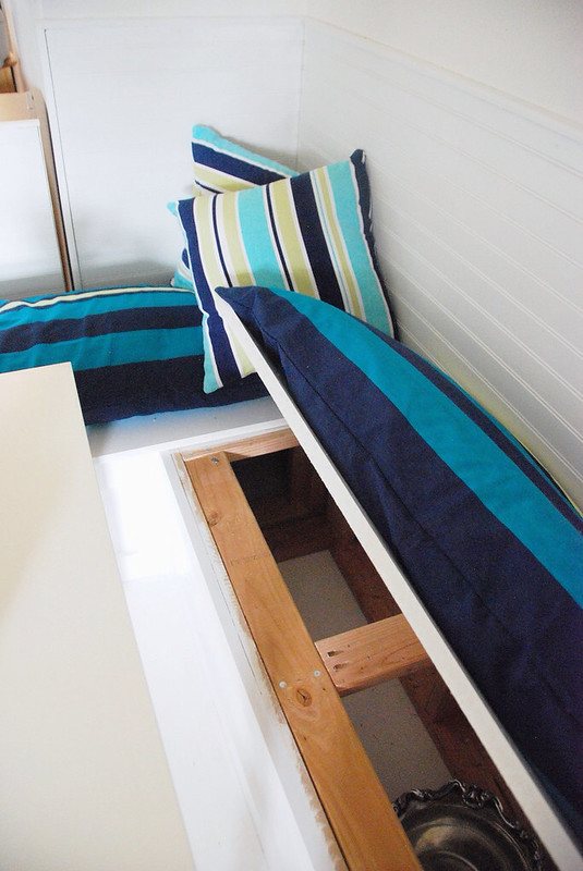 easy diy banquette tutorial