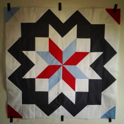 Star surround finished! I love it. #happyquilting