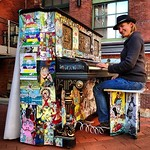 Am a big fan of the Free Piano movement. Audrey channels her inner pianist at this fabulously decorated specimen on Kendall Square, Cambridge #Boston