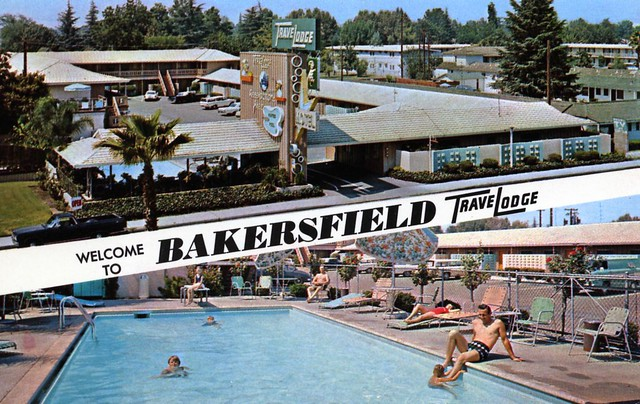 Bakersfield TraveLodge - 525 Union Avenue, Bakersfield, California U.S.A. - date unknown