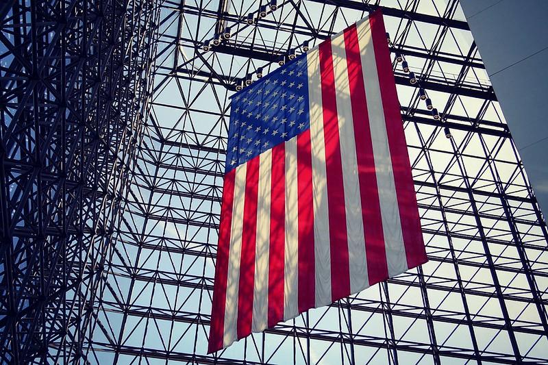 jfk-memorial-american-flag