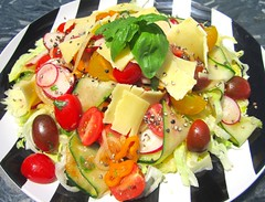 SALAD WITH IRISH CHEDDAR