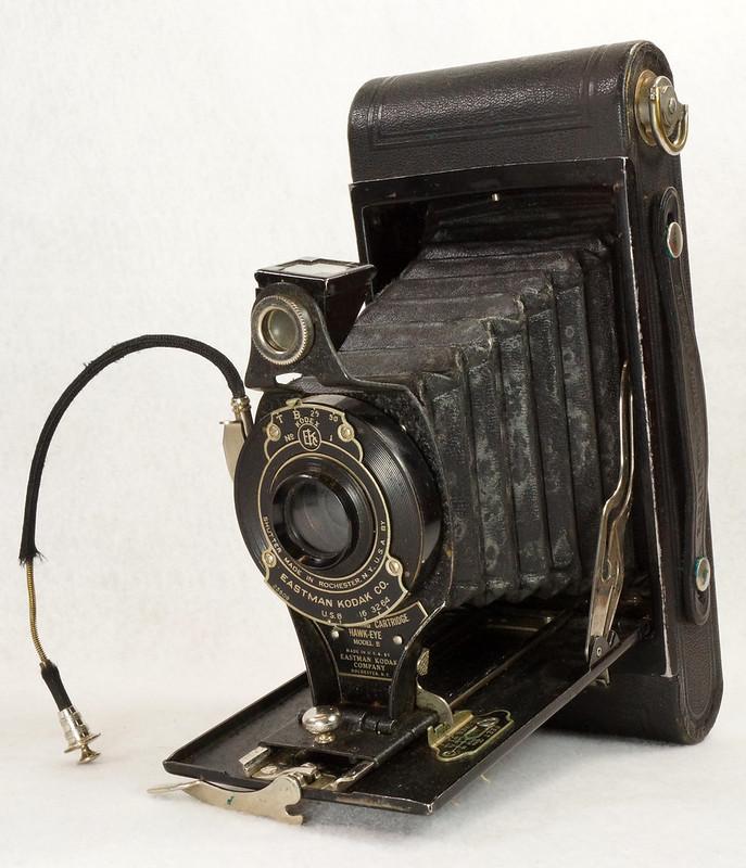 RD14615 Vintage Kodak Hawkeye No 2A Model B Folding Cartridge Camera with Leather Carry Case DSC06526