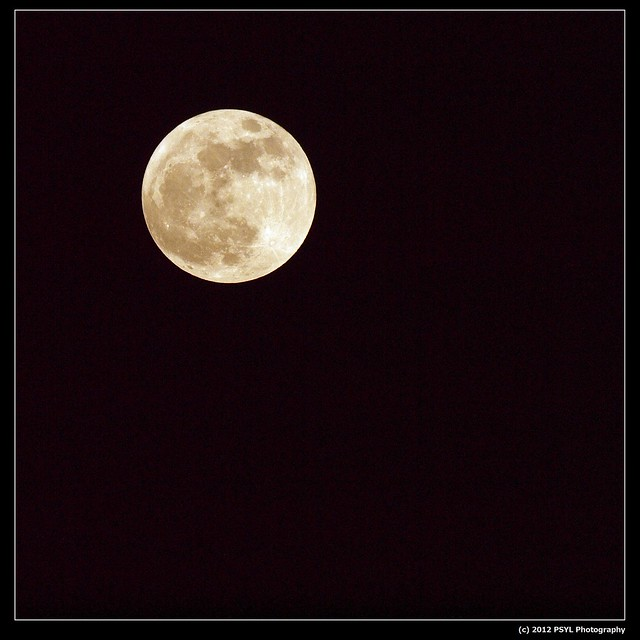 Supermoon on May 06, 2012