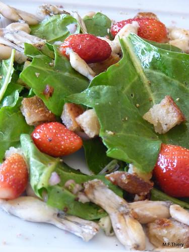 cuisses de grenouilles et feuilles de blettes en salade
